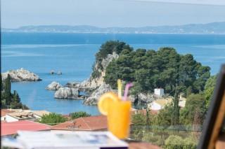 enetiko resort parga luxurious hotel