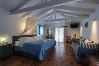 enetiko-resort-suites-16