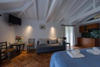 enetiko-resort-suites-17